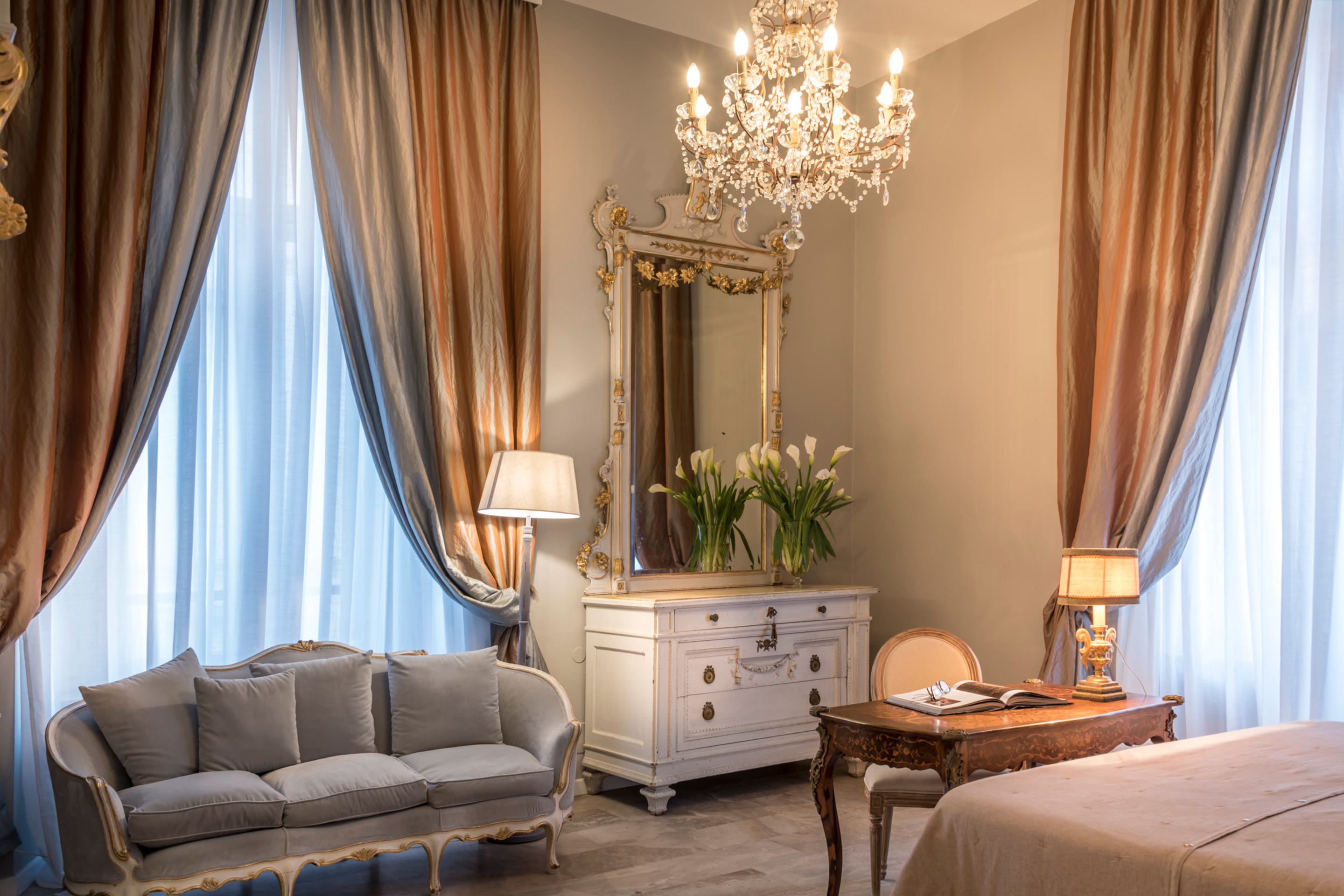 https://www.in-lombardia.it/sites/default/files/accomodation/gallery/101742/41860/arnaboldi_palace_suite_2_-_particolare.jpg