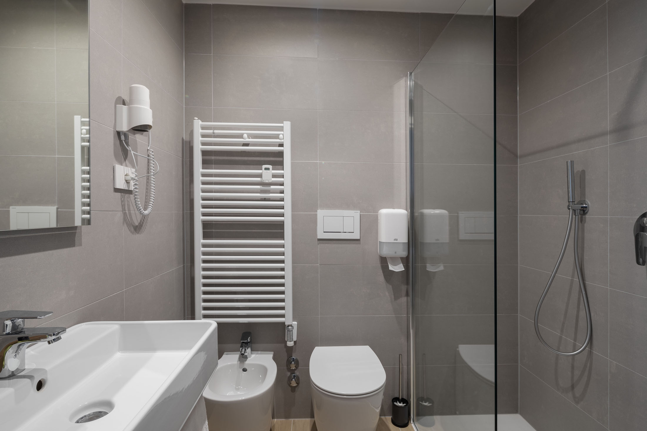 https://www.in-lombardia.it/sites/default/files/accomodation/gallery/105682/37624/excelsior_pavia_24.jpg