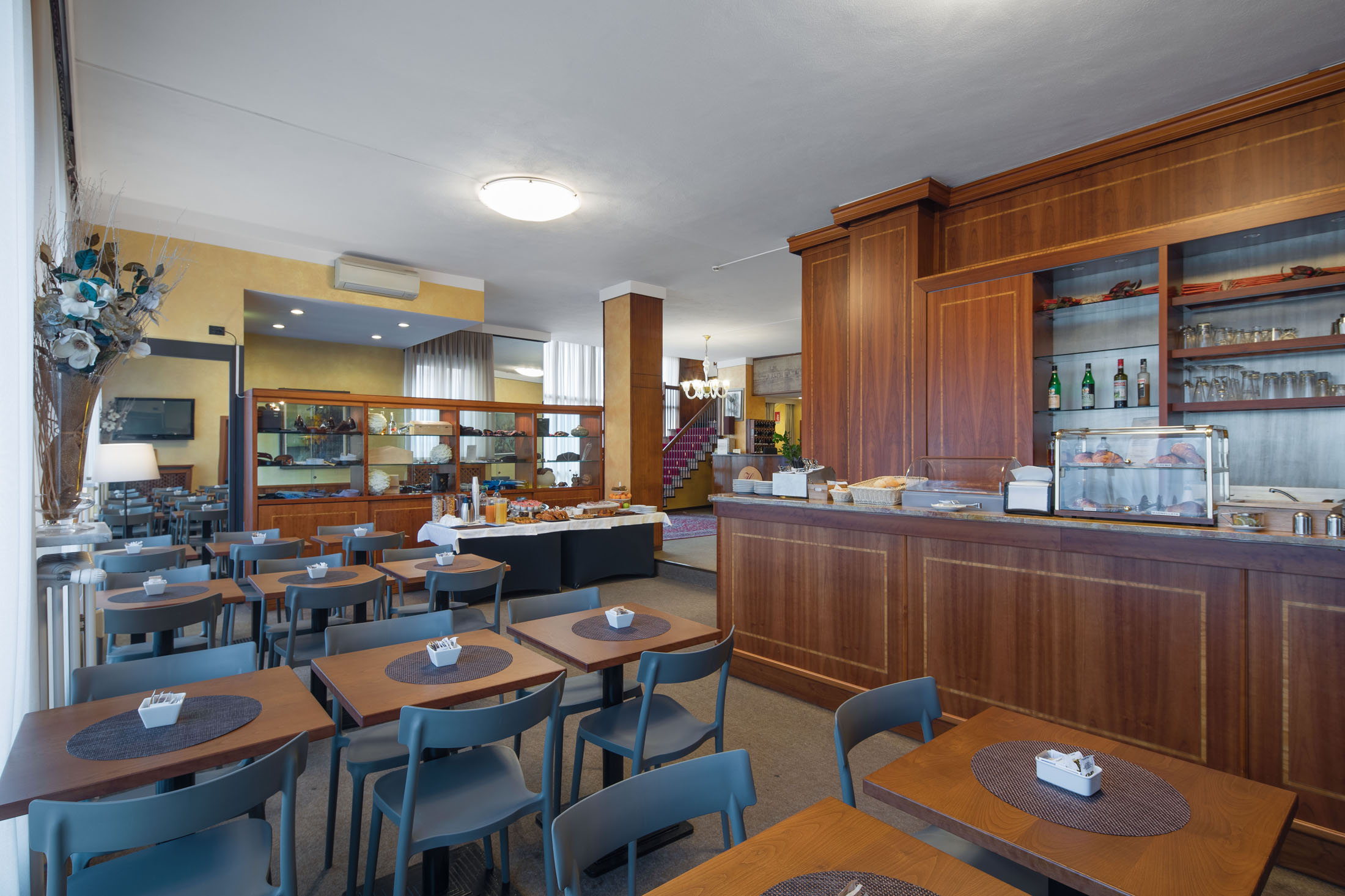 https://www.in-lombardia.it/sites/default/files/accomodation/gallery/105682/37631/excelsior_pavia_25.jpg