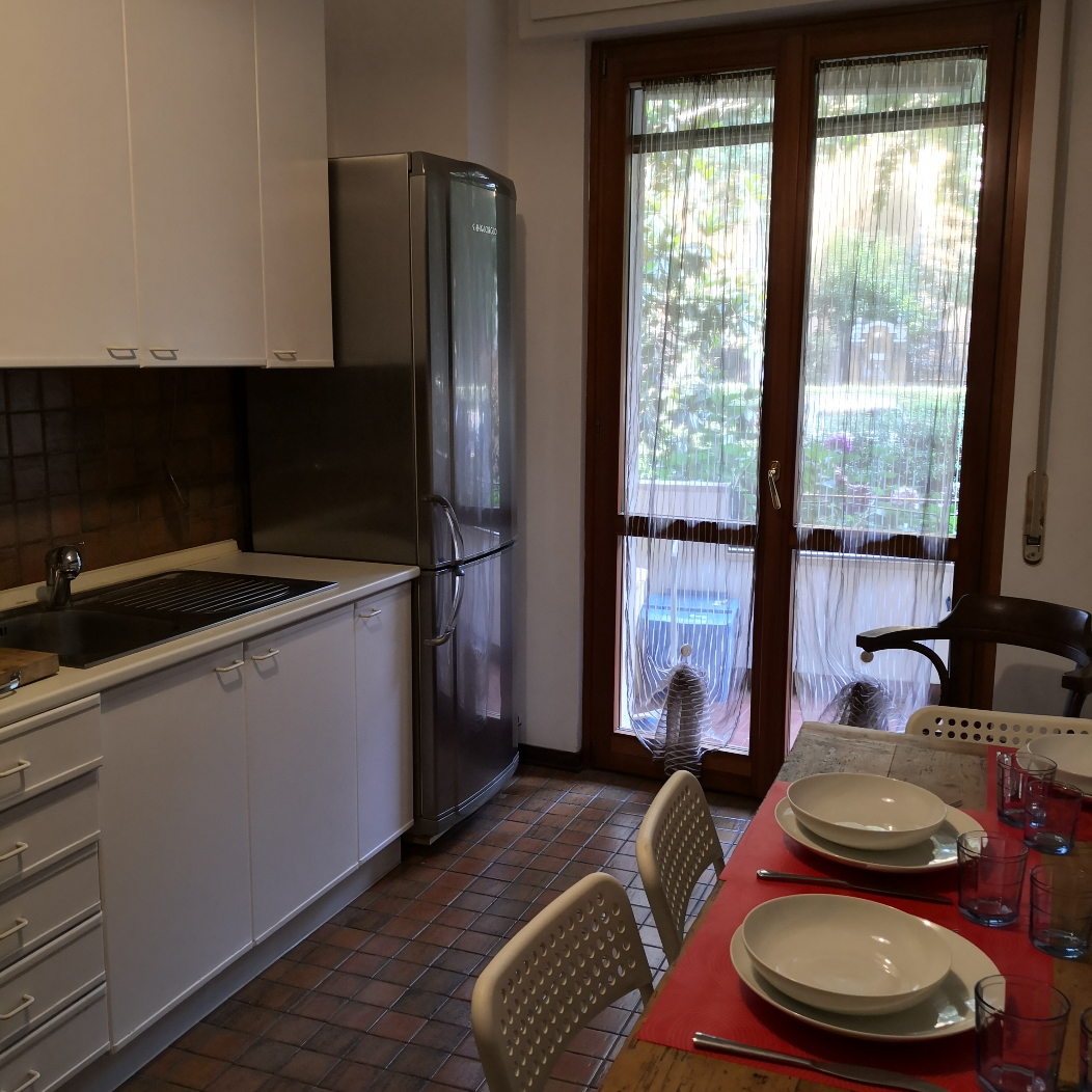 https://www.in-lombardia.it/sites/default/files/accomodation/gallery/128896/20197/cucina_3.png