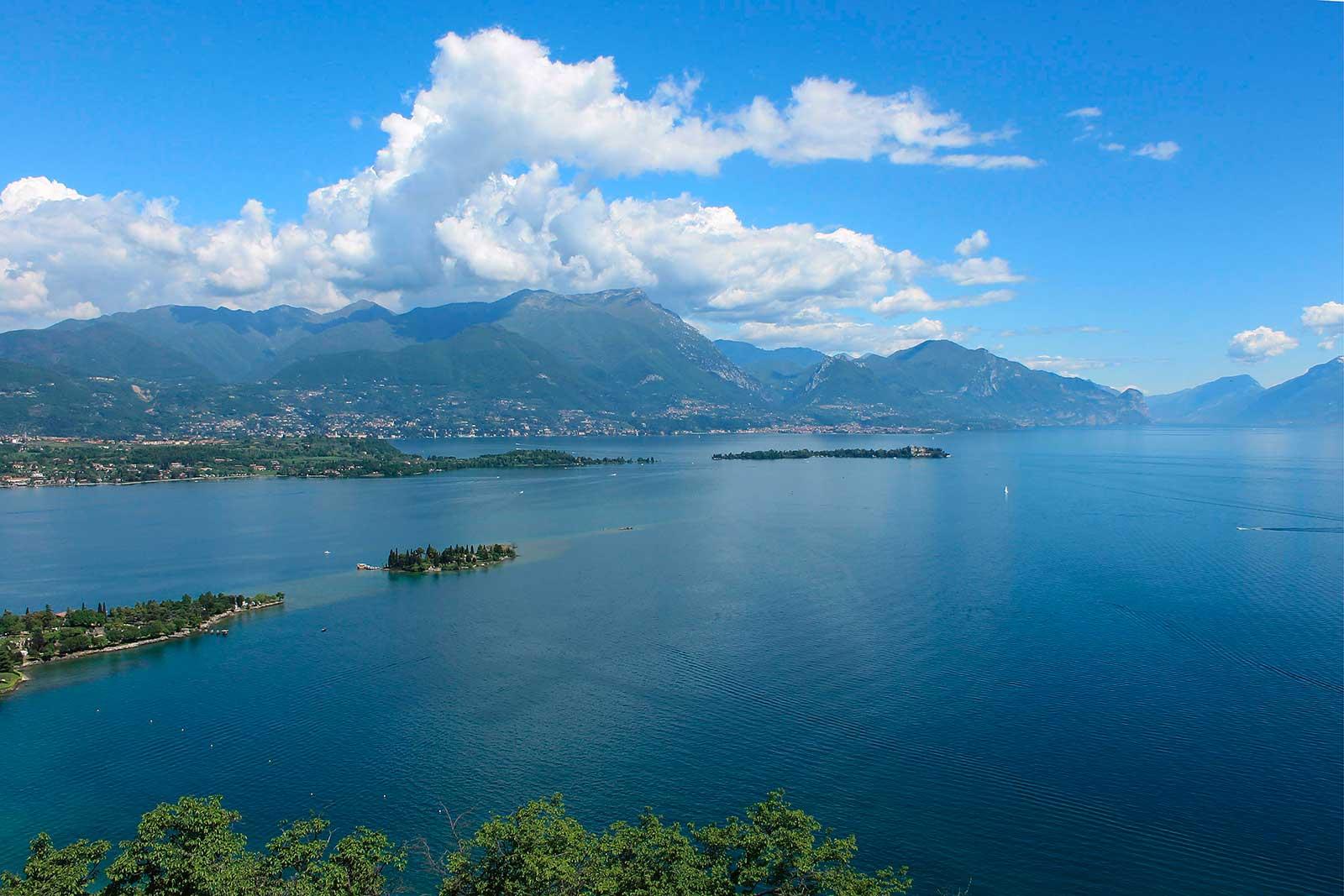 Vacanza ai laghi della lombardia vacanza ai laghi - Portano acqua ai fiumi ...