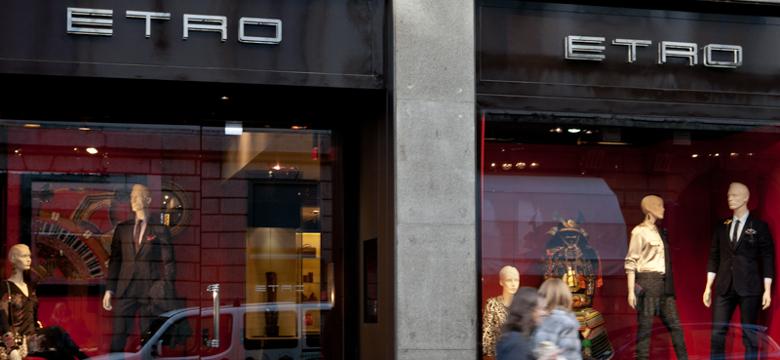 huge discount 2fce4 089da Shopping Milano: Outlet e Negozi d'Abbigliamento Dove Fare ...