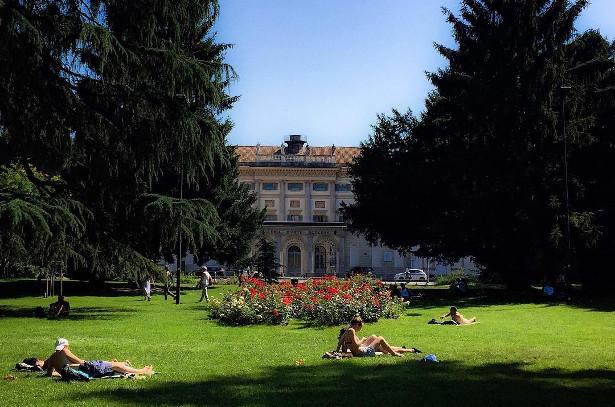 Giardini indro montanelli milano giardini in lombardia for Via giardini milano