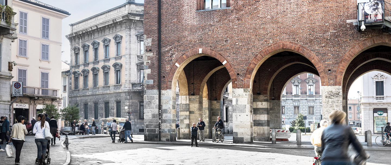 Arengario - Monza - Monumenti in-Lombardia