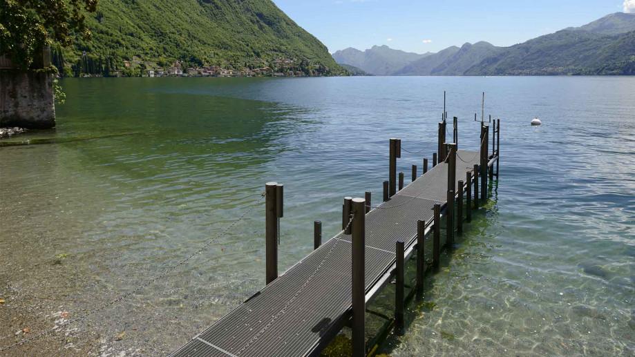 spiaggia ramo lecco lago como
