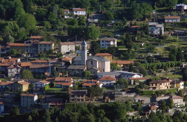 Il borgo di Rovenna