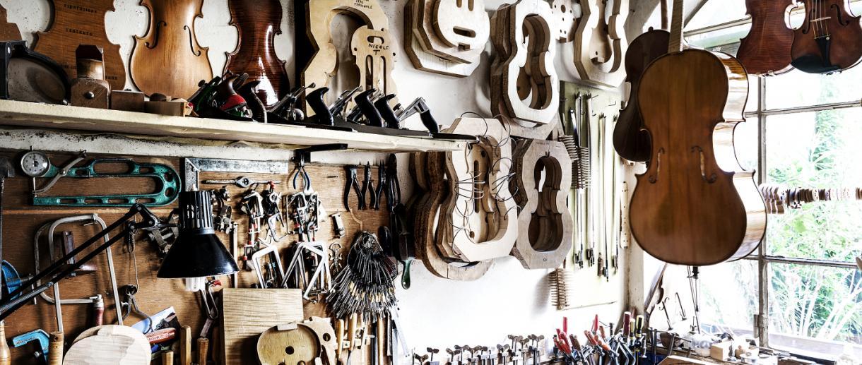Traditionelle Geigenbaukunst Cremona