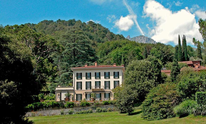 Villa Mylius Vigoni, Monumenti Como
