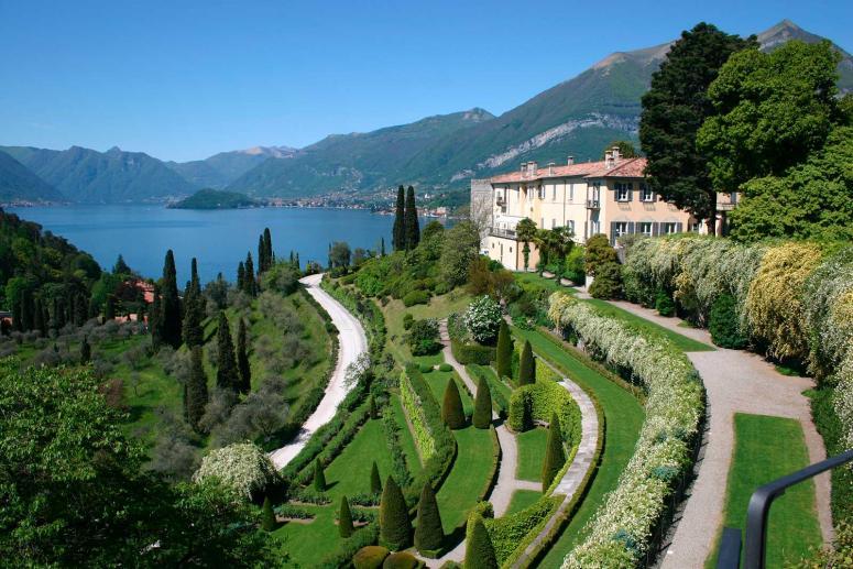 Villa Serbelloni, Monumenti Como