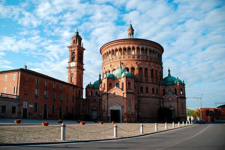 Santa Maria della Croce Sanctuary