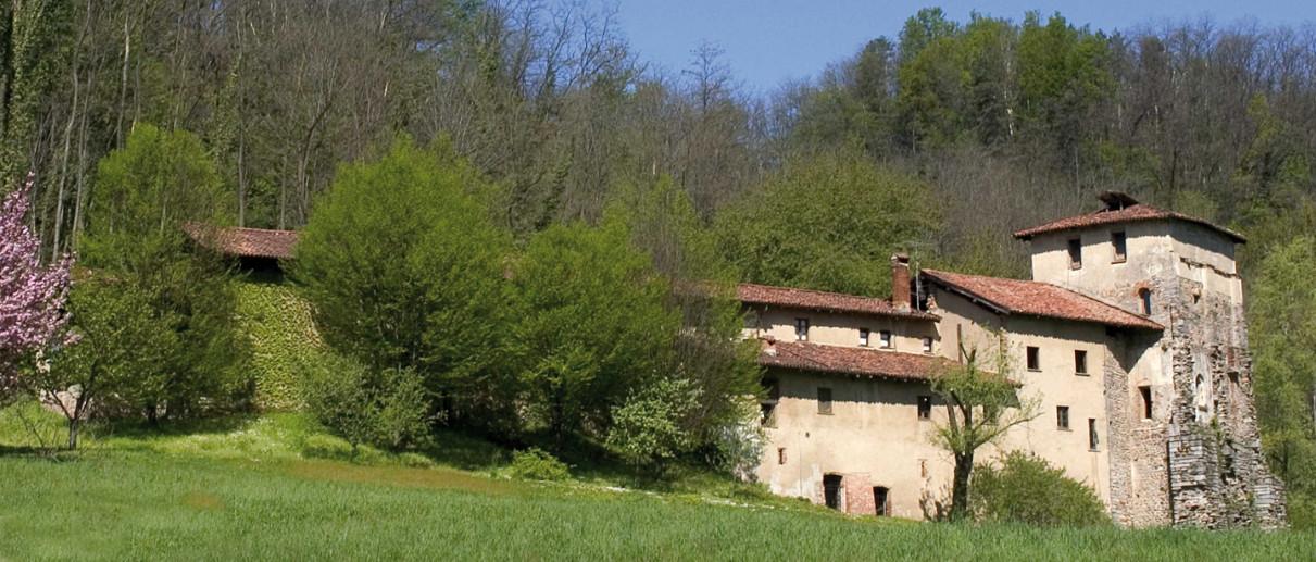 Monastero di Torba, Chiese Varese