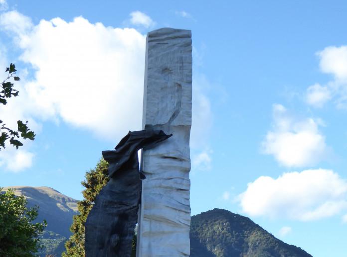 Monumento alla Tessitrice