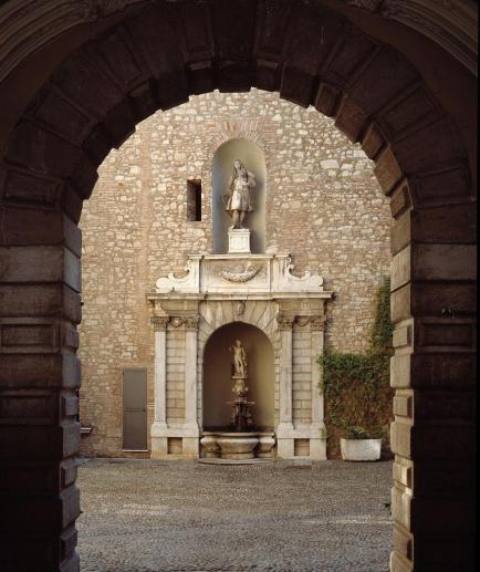 Martinengo Palast