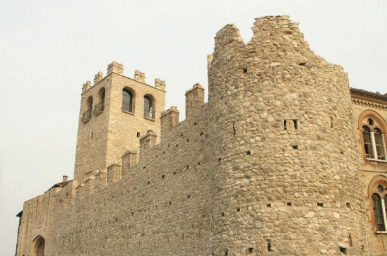 Castello di Desenzano, Castelli Brescia
