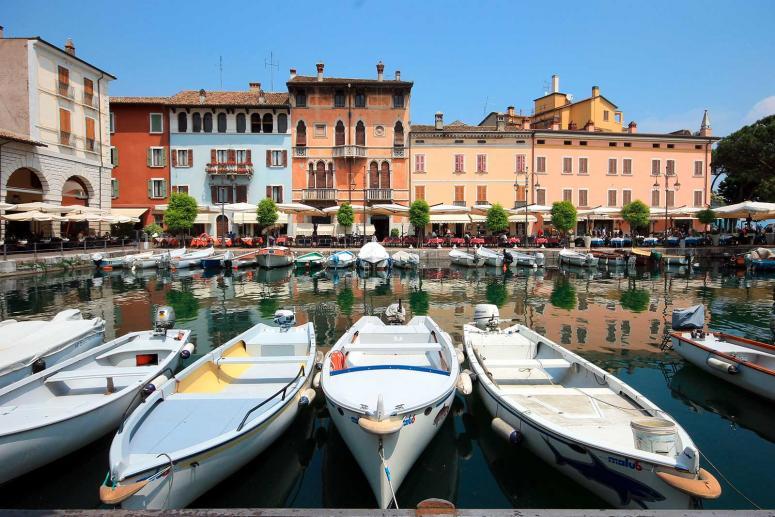 Palazzo Todeschini und Der Alte Hafen von Desenzano