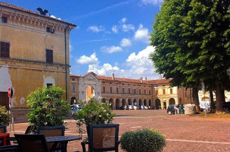 Isola Dovarese, boroughs Cremona