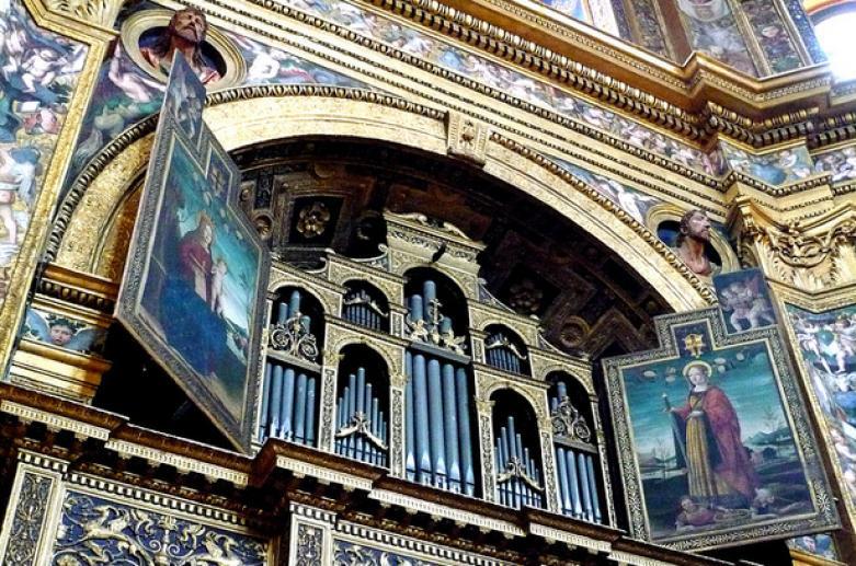 Temple de la Sainte Vierge Couronnée