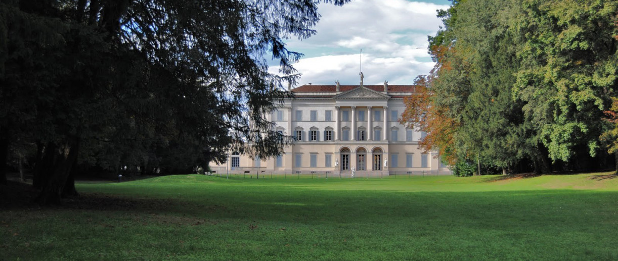 Villa Cusani Tittoni Traversi, Monumenti Monza