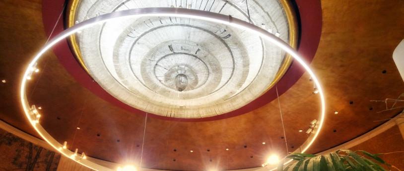 I cinema di Milano - Milano_Lampadario_ex_cinema_Astra