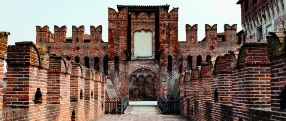 Cremona: walled cities