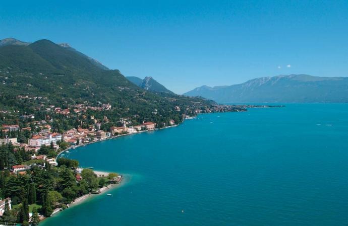 Jardin botanique et promenade au bord du lac du à Gardone Riviera