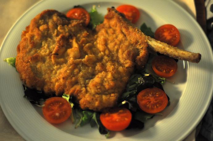 Cotoletta a la Milanese recipe, a world famous delicacy