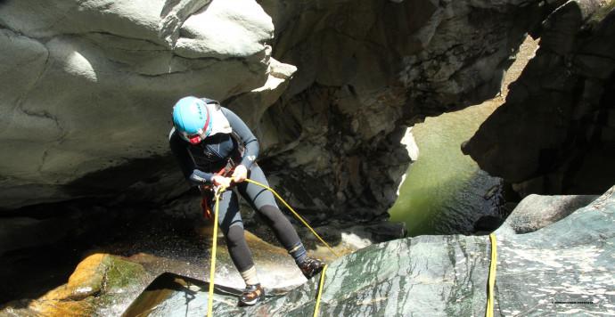 Speleocanyoning nel torrente Cormor in Valmalenco