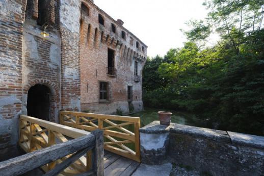 Castelli, Fantasmi, Leggende a Padernello
