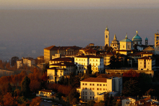 Free Walking Tour Bergamo on air