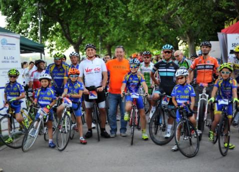 Ciclismo: Pedalata Serale sulla Ciclabile del Lago di Varese