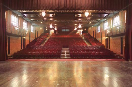 Il Teatro Franco Parenti a casa tua