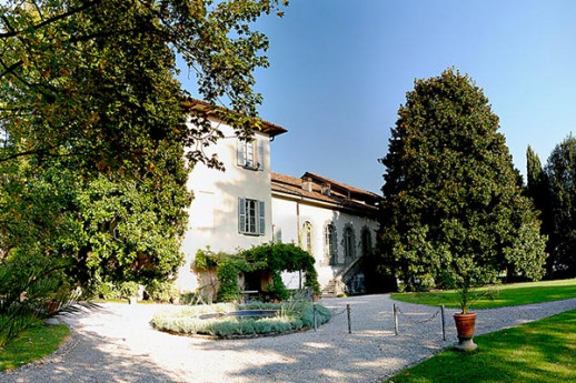 Villa Parravicini Sossnovsky and the Wine in Brianza