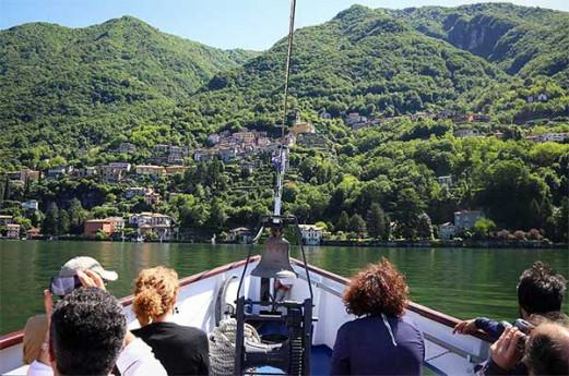 Una mattina d'estate in barca sul Lago di Como