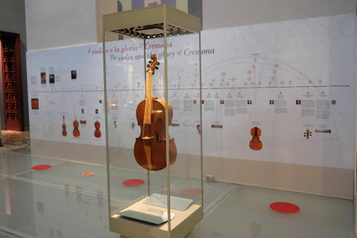 October at the Violin's Museum