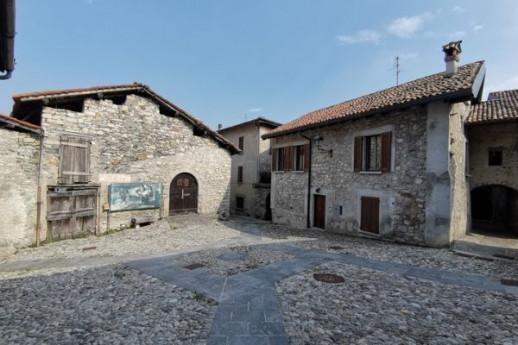 Visita al borgo di Caglio