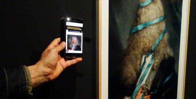 Tour virtuale - Hidden Portraits di Volker Hermes
