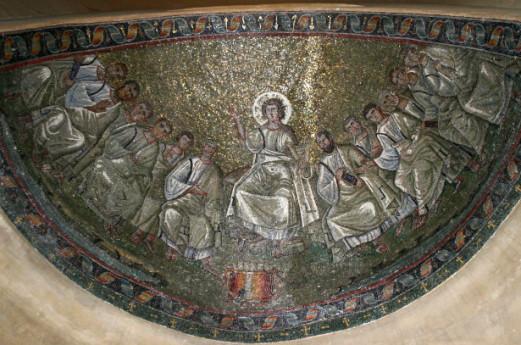 La restaurata cappella di Sant'Aquilino e la Basilica di San Lorenzo