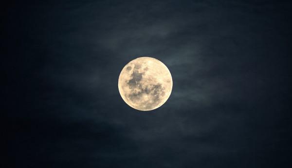 Clusone al chiaro di Luna... con incursioni dialettali!