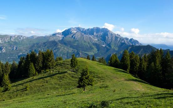 Castel Orsetto e la Foresta Regionale della Val di Scalve
