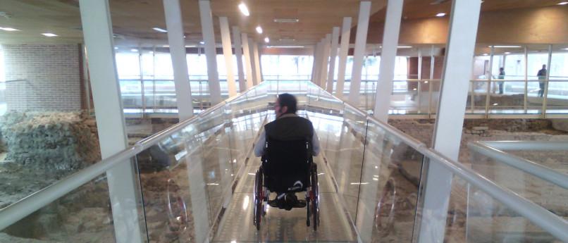 Accogliere turisti con disabilità