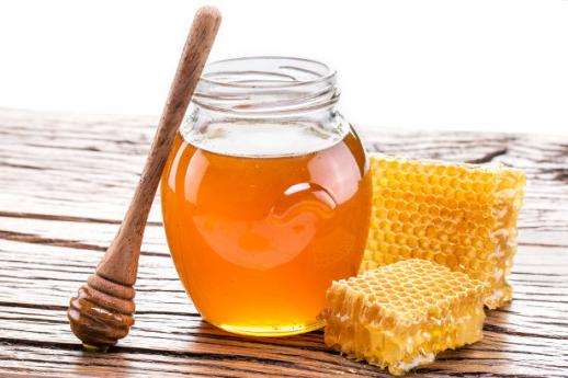 Where to buy honey made by monks in Lombardy