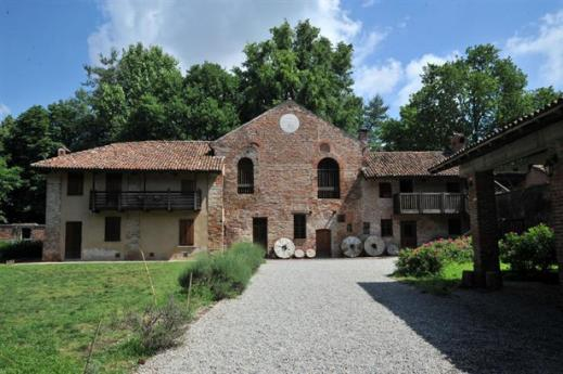 Head out of the city and discover the Abbazia di Chiaravalle