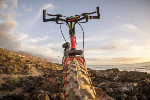 mountain bike tour lago di como