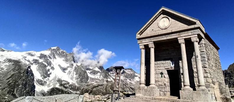 Valle Camonica monumenti ai caduti Rif. Garibaldi