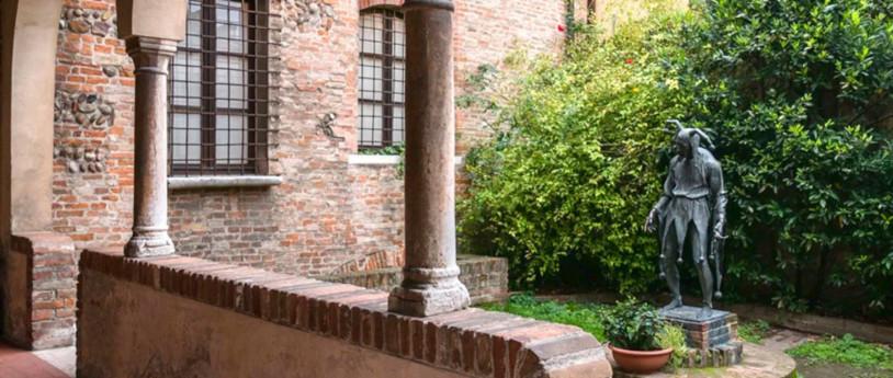 Opere e sculture urbane: il museo a cielo aperto della Lombardia