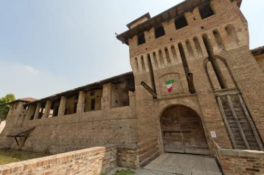 Castles Bergamo, discovering Lombardy