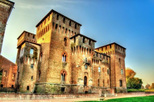 Castles Mantua, discovering Lombardy