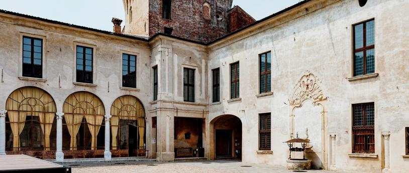 Lombardy in 5 Castles