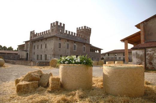 Cavernago, il paese dei due castelli