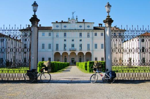 10 itineraries to explore Lombardy by Bike